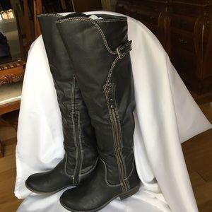 Macy's Shoes - Macy's beautiful long women's boots